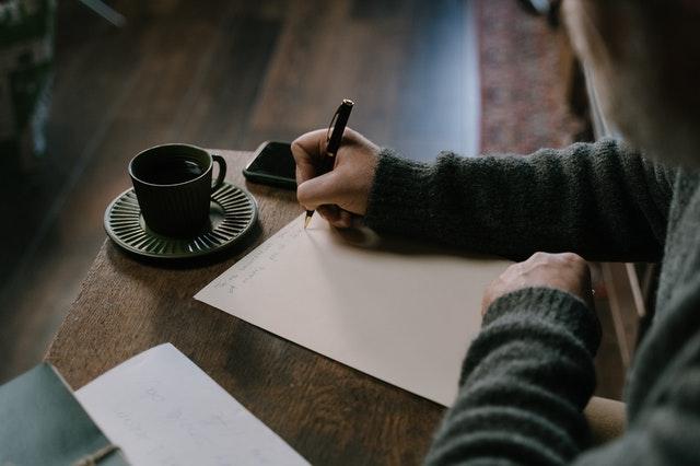 Writing Guide 101: How to write descriptive sentences?